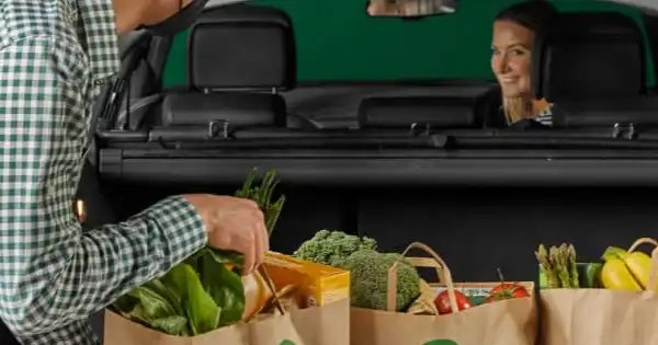 $15 OFF with min. spend $140 at Woolworths