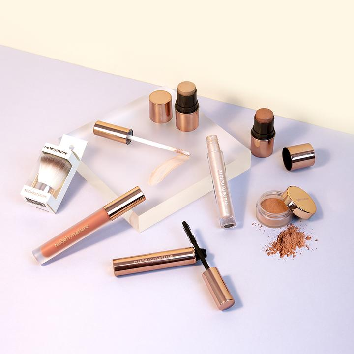 FREE Make-up gift set when you buy 3 or more skincare products